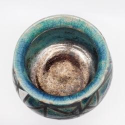 Design Vase aus dem Rakubrand mit geometrischen Muster - blau und kupfer - Innenansicht