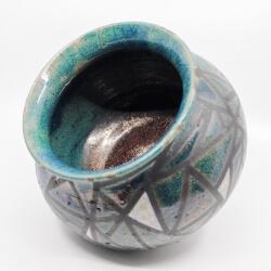 Design Vase aus dem Rakubrand mit geometrischen Muster - blau und kupfer - Seitenansicht