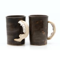 Handgetöpferte Tassenpaar Unterkiefer LARP Utensil Trinkbecher Humpen makaber - Zähne 1
