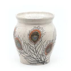 große Design Vase mit Pfauenfedern aus dem Rakubrand - Frontansicht