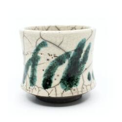 Raku Teeschale 'grüner Bambuswald'