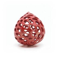 handgefertigte rote Dekokugel für den Garten oder als weihnachtlicher Gruß - Unterseite