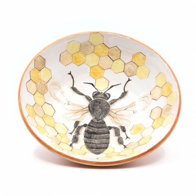 schöne Schale mit Bienenzeichnung - handbemalte Keramik - Save the bees! - Innen