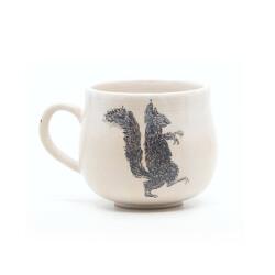 Schöne weiße handgefertigte Tasse mit Zombi Eichhörnchen Silhouette - Rechte Seite