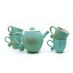 Handgefertigtes Teeservice in grün/blau - kleines Geschirrset - Seitenansicht